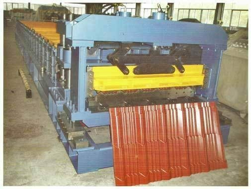 Metal forming machine roof tile